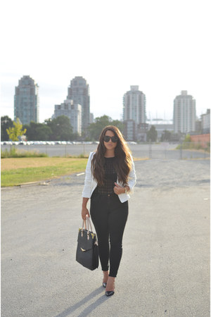 black PLENY jeans - white Loft blazer - black le chateau sunglasses