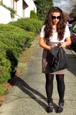white H&M shirt - gray Aritzia skirt - black Zara shoes - black Plum purse - Plu
