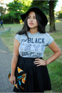 Black-dolce-vita-boots-black-urban-outfitters-hat