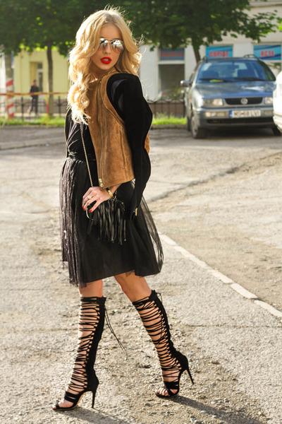 black clutch Aldo bag - brown leather ss2014 H&M jacket