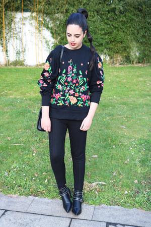 black pull&bear boots - black Zara sweater - black Zara pants
