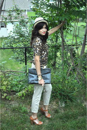 beige H&M hat - black thrifted vintage bag - tawny Charlotte Russe sandals - tan