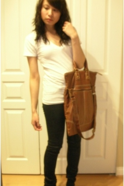 American Apparel t-shirt - J Brand - Primark purse - naturalizer