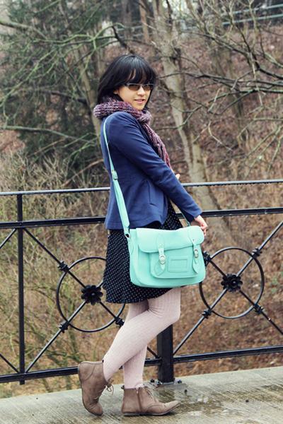 aquamarine satchel Typo bag - camel vintage boots - navy arithalia dress