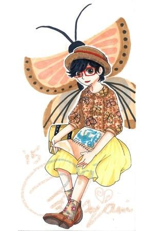 eggshell boater vintage hat - neutral moth-print vintage shirt