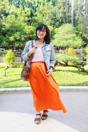 carrot orange maxi FZ Shoope skirt - light blue denim thrifted jacket