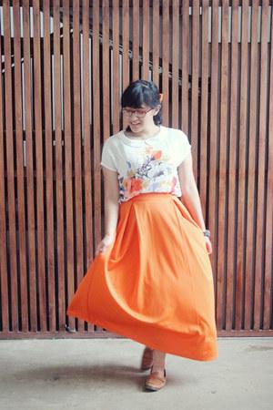 carrot orange polyesther old skirt - brown shoulder hand-me-down bag