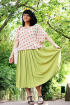 lime green pleated vintage skirt - ivory handmedown bag