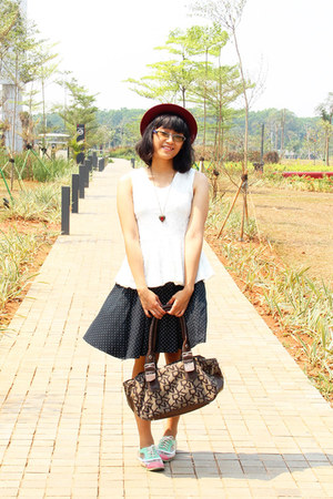 maroon thrifted hat - pink oxford modcloth shoes - dark brown DKNY purse