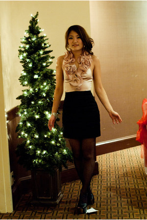 Jessica Simpson shoes - Bebe dress