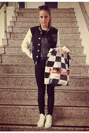 black baseball H&M jacket - eggshell action vintage shoes - black Zara jeans