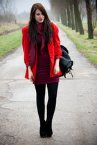 crimson hm dress - red vintage blazer - crimson vintage scarf