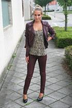 crimson burgundy H&M jeans - crimson H&M jacket - black chic van haren heels