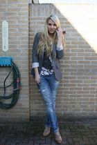pink H&M shoes - blue Zara jeans - gray Primark blazer - beige H&M top