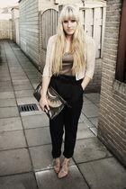brown Primark bag - beige H&M shoes - beige H&M jacket - gray Zara pants