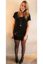 Primark skirt - New Yorker shirt - Primark tights - van haren boots - H&M neckla
