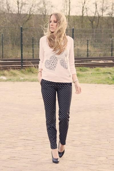 light pink Sao paulo sweater - navy H&M pants - black van haren heels