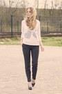 Light-pink-sao-paulo-sweater-black-van-haren-heels-navy-h-m-pants