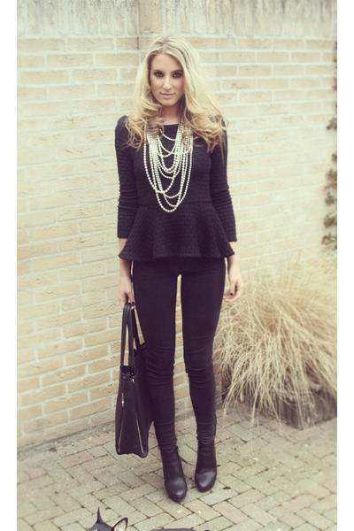 black ankle van haren boots - black Zara jeans