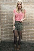 Zara shorts - H&M shirt - Zara shoes - H&M belt