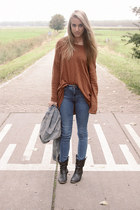 burnt orange Monki sweater - black Axi Schoen boots - blue H&M jeans
