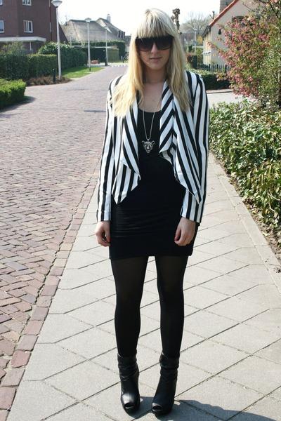 H&M jacket - Vila dress - new look boots - vintage necklace
