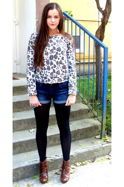 Animal Print Tops, Ankle Boots Boots, Denim Shorts Shorts ...