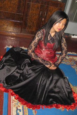 subexya bhadel dress