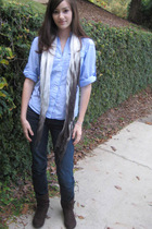 Gap shirt - scarf - Report boots