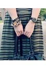 White-loft-t-shirt-black-forever-21-bag-maxi-h-m-skirt