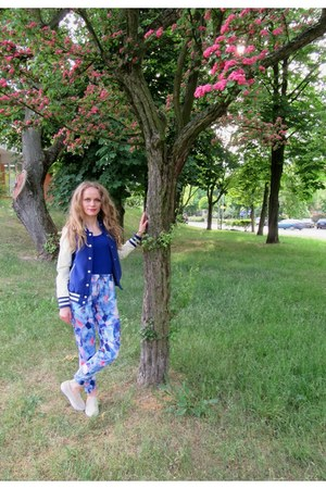 blue house jacket - off white wojas shoes - blue Gatta blouse