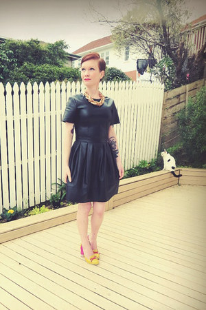 black asos dress - gold Password Please necklace - hot pink Minx heels