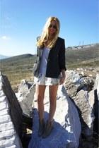 Topshop shorts - Zara boots - Massimo Dutti blazer
