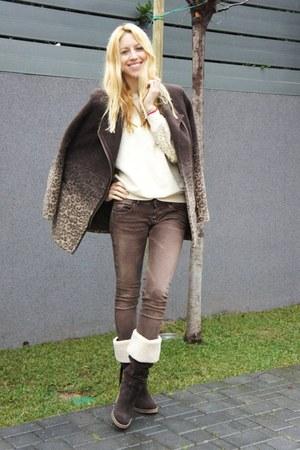 Bershka jeans - asos bag