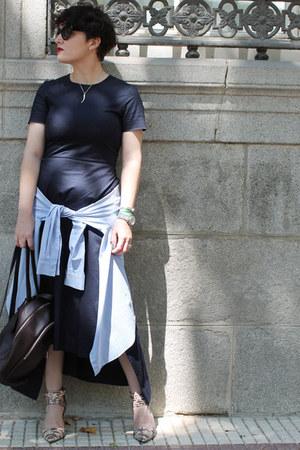 & other stories shirt - COS dress - Kipling bag - Prada sunglasses