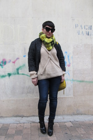 MINUSEY jumper - Zara boots - Mango coat - Zara jeans - H&amp;M scarf