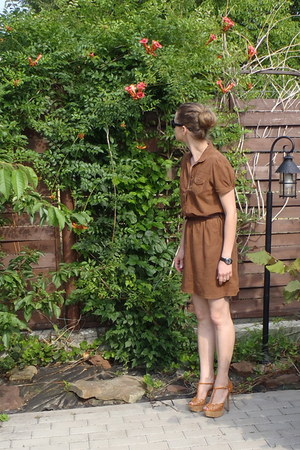 brown Massimo Dutti dress - River Island heels - Ray Ban glasses - Rotary watch