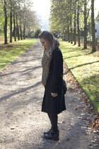long black Topshop coat - faux fur Topshop scarf