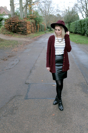 lavish alice skirt - cut out Office boots - pull&bear cardigan