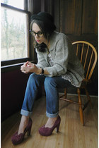 black bowler Charming Charlie hat - blue jeans - heather gray sweater
