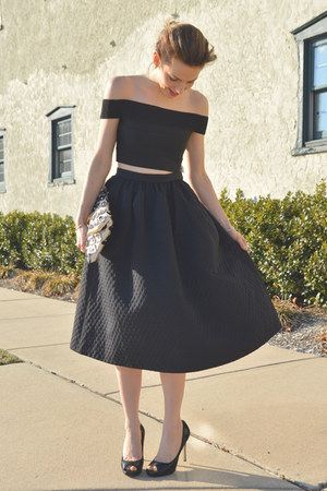Black H&M Midi Skirt - How to Wear and Where to Buy | Chictopia