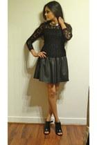 Zara dress - Aldo ring - Minelli heels