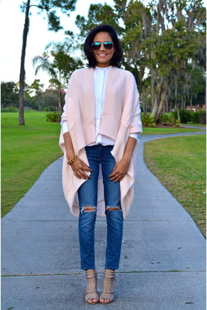 sky blue Lucky Brand jeans - light pink Calypso St Barth cardigan