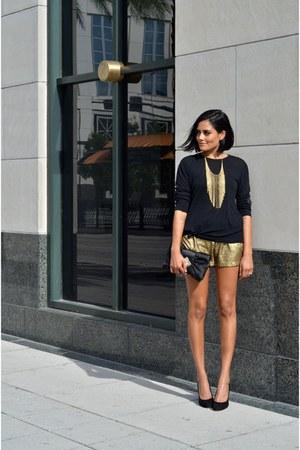 black Zara sweater