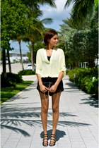 cream Lush Clothing blouse - black BCBG purse - black Forever 21 shorts