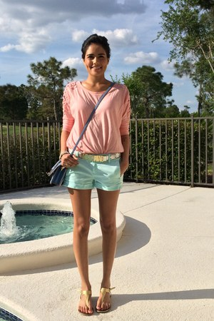aquamarine J Crew shorts - bubble gum Forever 21 top