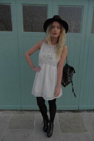 black Ebay hat - lita platforms Jeffrey Campbell boots - white bank dress