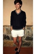 Zara sweater - Greencoast shorts