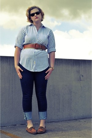 topsiders sperry shoes - skinny Levis jeans - striped Nordstrom shirt - Ray Ban