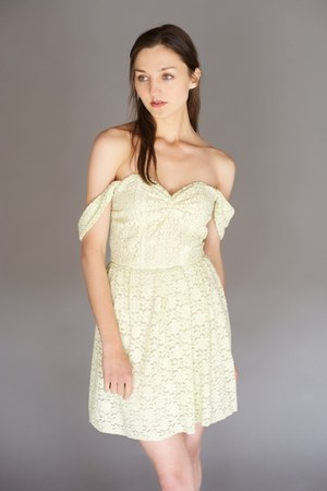 aquamarine julia lace Alyssa Nicole dress